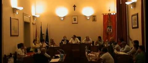 Calatafimi Segesta: L'indipendenza dei consiglieri del PSI fa vacillare la maggioranza.