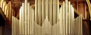 Calatafimi – Segesta: Franco Vito Gaiezza suona l'antico organo a canne della Chiesa Madre di Calatafimi